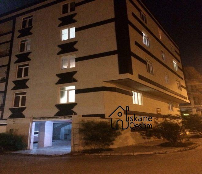 خرید آپارتمان سر سه نبش در قشم (2)