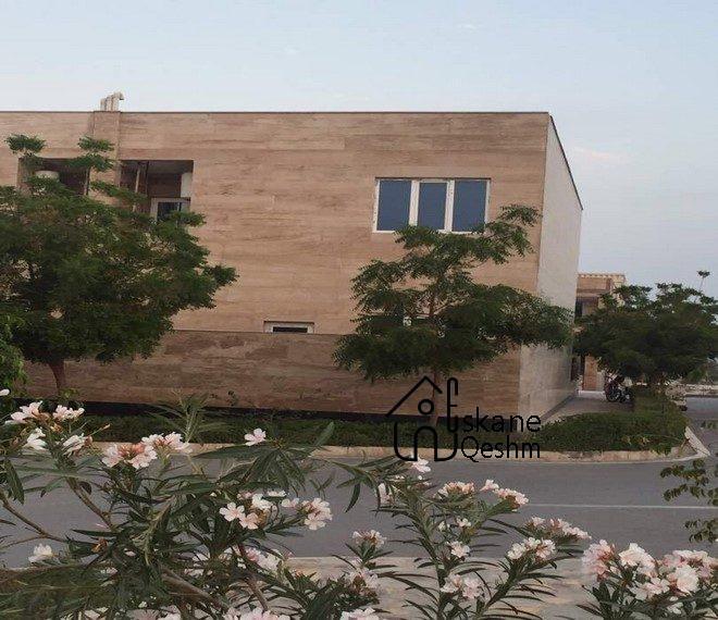 خرید خانه ویلایی سه خواب دید به دریا در قشم (3)